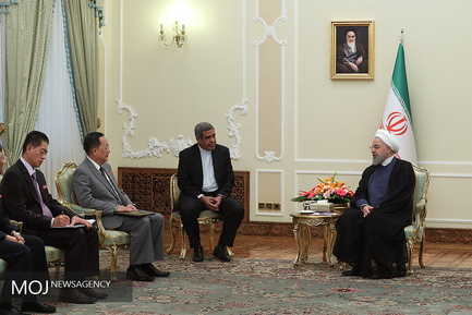 دیدار وزیر خارجه کره شمالی با حسن روحانی