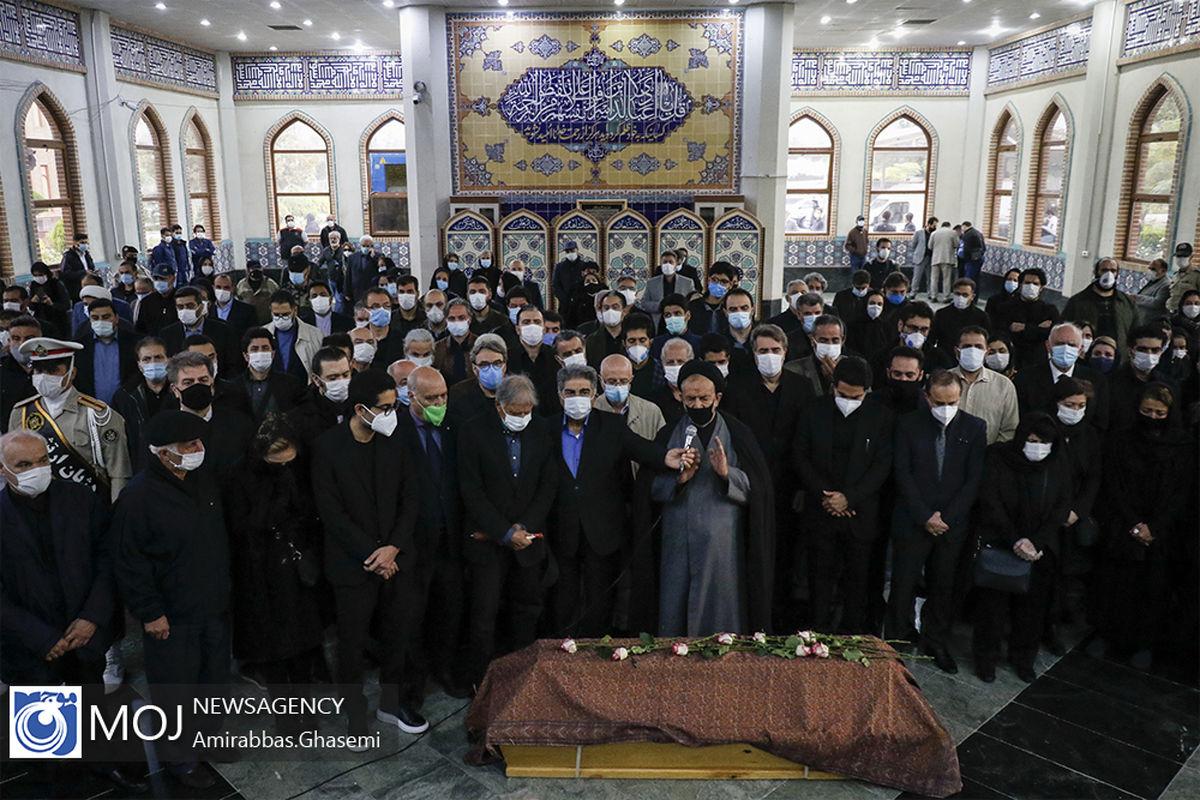مراسم تطهیر و اقامه نماز بر پیکر محمدرضا شجریان در بهشت زهرا برگزار شد/تشییع و تدفین در مشهد فردا