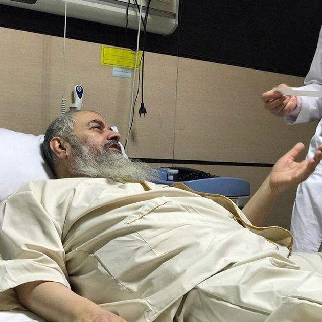 آیتالله موسوی بجنوردی در بیمارستان بستری شد