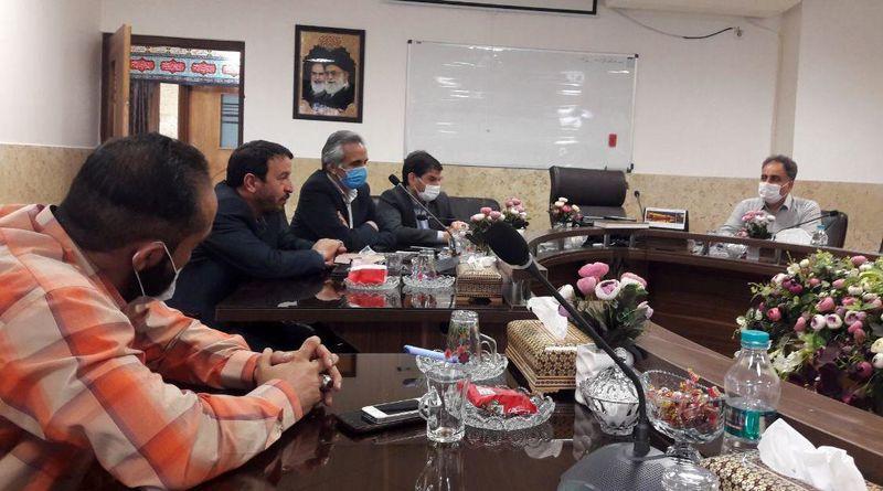جلسه هم اندیشی جامعه ورزشی معلولان کم بینا و نابینایان در خمینی شهر برگزار شد