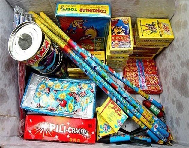 کشف بیش از 2 هزار مواد محترقه غیرمجاز در کاشان