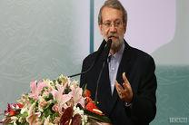 لاریجانی: اجرای طرحهای گردشگری در کوتاهمدت در اولویت قم قرار دارد