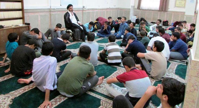 اعزام دانش آموزان زائر اولی از سراسر کشور به مشهد