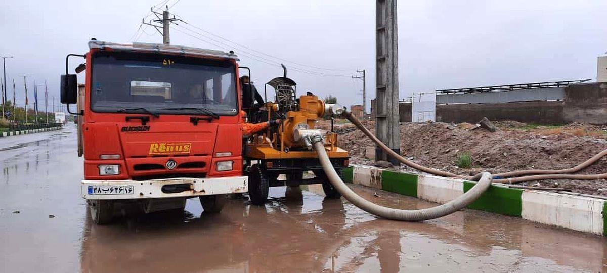 پنج دستگاه مکش به منظور جمعآوری آبهای سطحی خریداری شد