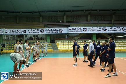 بدرقه تیم ملی والیبال به لیگ ملت ها با حضور وزیر ورزش