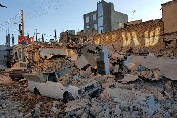 تمامی سالنهای ورزشی استان کرمانشاه اختیار زلزلهزدگان قرار گرفت
