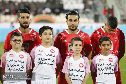 دیدار تیم های فوتبال پرسپولیس تهران و سپیدرود رشت