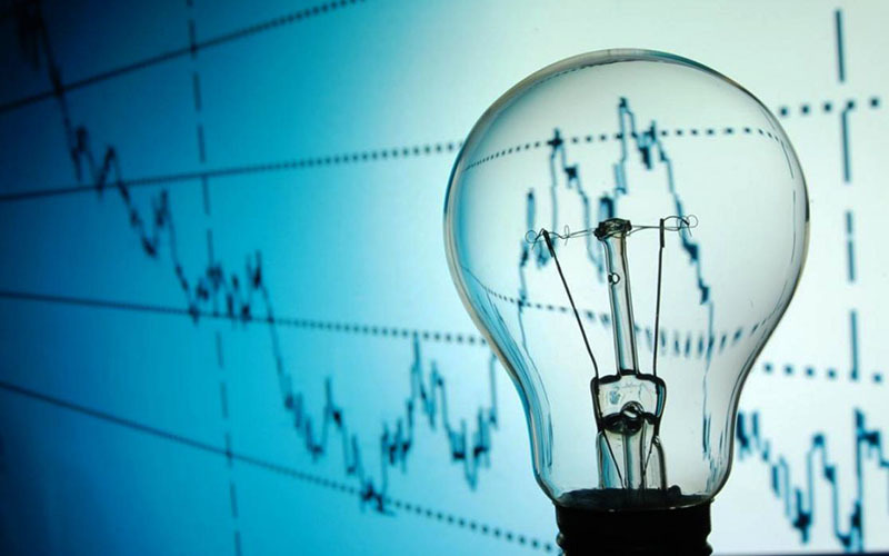 سال ۹۸ پیک بار برق به میزان یک هزار و ۶۶۸ مگاوات بود