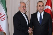 ظریف با وزیر امور خارجه ترکیه دیدار کرد