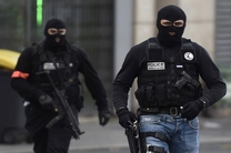 پلیس فرانسه سه تن از نزدیکان عضو داعش را بازداشت کرد