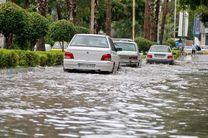 معضلات شهری در پی باریدن چند قطره باران در بندرعباس/مدارس تخریبی میناب آبستن فاجعه