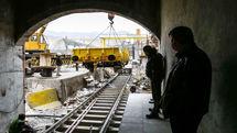 شهروندان قمی همچنان چشم انتظار حرکت مترو برمدار وعدههای مسئولان هستند