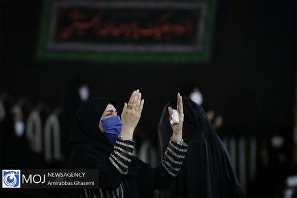 عزاداری شب تاسوعای حسینی در امامزاده پنج تن لویزان
