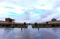 هوای اصفهان در شرایط پاک قرار دارد