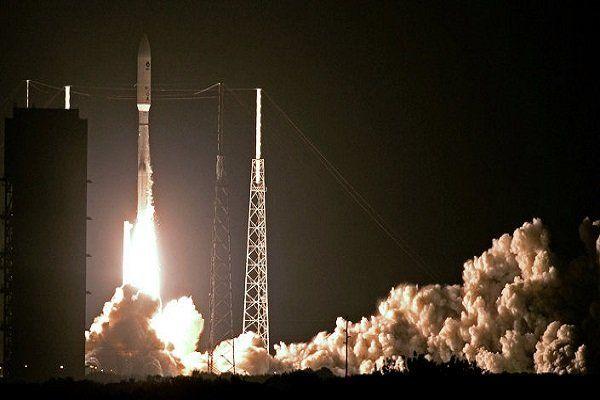 آمریکا ماهواره جاسوسی به فضا پرتاب می کند