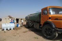 آبرسانی سیار با ۱۰ تانکر به مناطق سیل زده هرمزگان