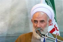 هدف استکبار جهانی از ابتدا ساقط کردن نظام اسلامی بود