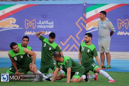 تمرین تیم ملی فوتبال با حضور وزیر ورزش