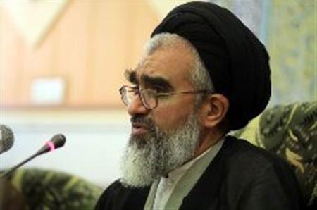 کمیته امداد امام خمینی(ره) برای کمکرسانی به زلزلهزدگان برنامهریزی کند