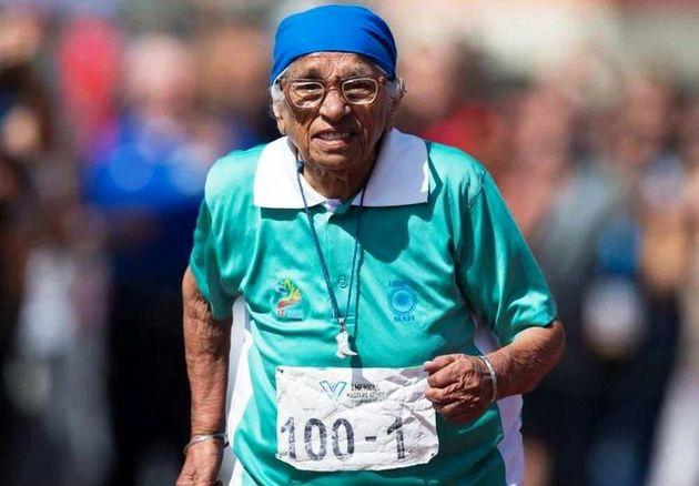 پیرزن صد و یک ساله هندی مدال طلای دوی ١٠٠ متر سالمندان جهان را کسب کرد