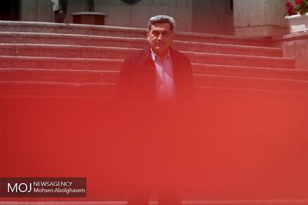 حاشیه جلسه هیات دولت -  ۱۸ اردیبهشت ۱۳۹۸/پیروز حناچی شهردار تهران