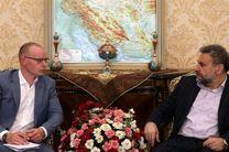 ایران با آمادگی کامل از دستاوردهای انقلاب اسلامی دفاع میکند