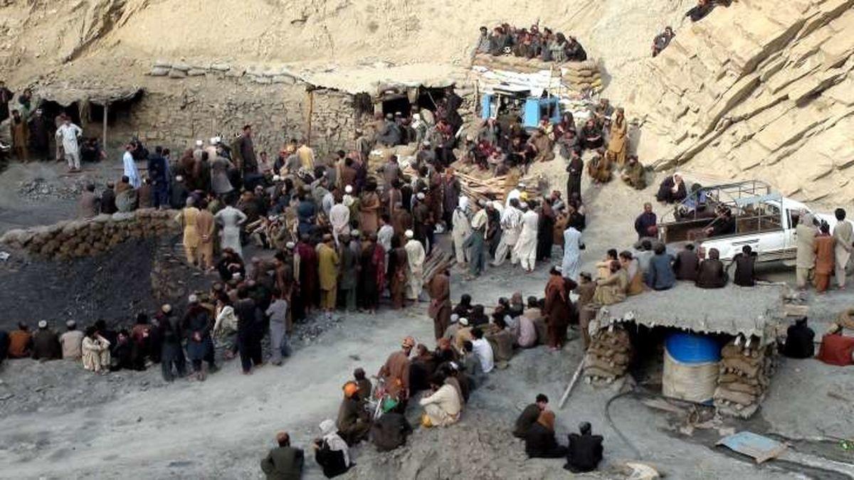 ۱۱ کارگر معدن زغال سنگ در پاکستان ربوده و کشته شدند
