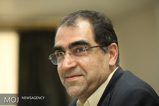 حضور وزیر بهداشت در مراسم ختم مادر شهید صیاد شیرازی