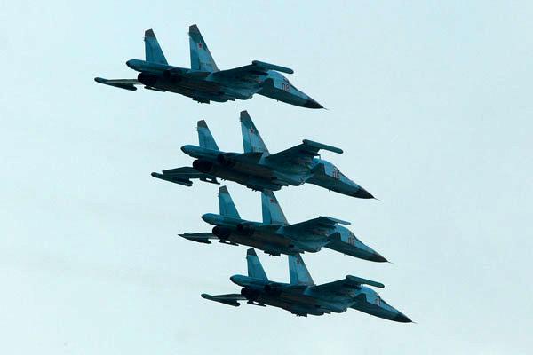 جنگنده های عربستان صعده را بمباران کردند