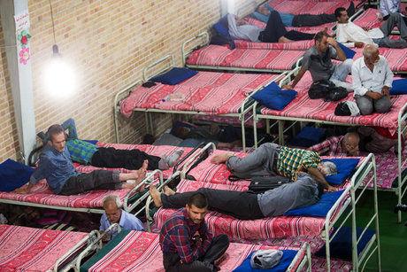 کارتنخوابهای کرمانشاه در 5 گرمخانه بهزیستی نگهداری میشوند