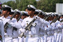بندرعباس میزبان رژه ملی هفته دفاع مقدس/ اجرای بیش از ۴۵۰ برنامه ویژه هفته دفاع مقدس در هرمزگان