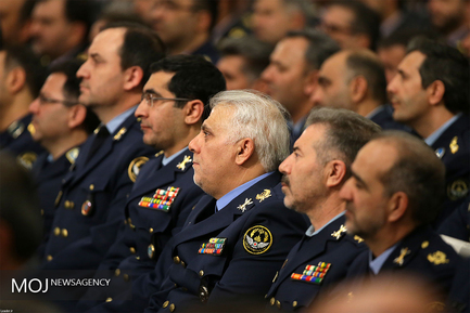 دیدار فرماندهان و کارکنان نیروی هوایی ارتش با مقام معظم رهبری