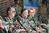 بازدید فرمانده کل ارتش از تیپ ۲۵ نیروی مخصوص واکنش سریع تبریز