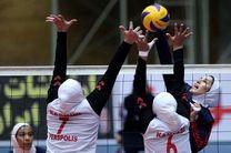 دختران بزرگسال والیبال مقابل جوانان به پیروزی رسیدند