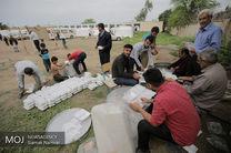 کمک های خودجوش پلیس یزد به مناطق سیل زده غرب کشور