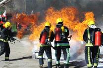 آتش سوزی یک انبار کفش در اهواز