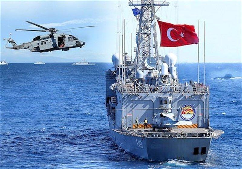 تجهیزات نظامی ترکیه به بندر طرابلس رسید
