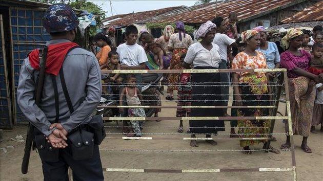 کشته شدن یک مسلمان روهینجایی به دست بوداییها در حضور پلیس میانمار
