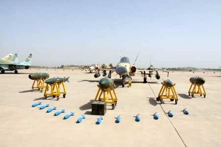 بر پایی نمایشگاه هوایی راهیان نور در پایگاه چهارم شکاری دزفول