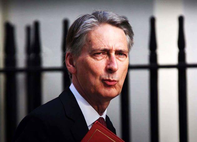 وزیر خزانهداری بریتانیا: حتما از اتحادیه اروپا خارج میشویم
