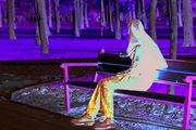 فرار دختر جوان از خانه بخاطر مشکلات زندگی