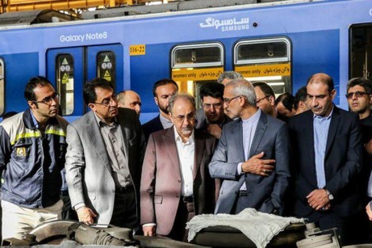 بازدید صبحگاهی شهردار تهران از خطوط 6 و 7 مترو