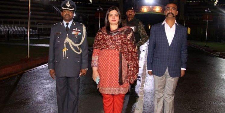 پاکستان خلبان هندی را آزاد کرد