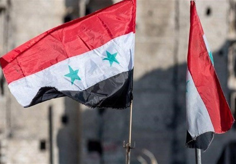 پرچم سوریه در قلمون شرقی به اهتزاز درآمد