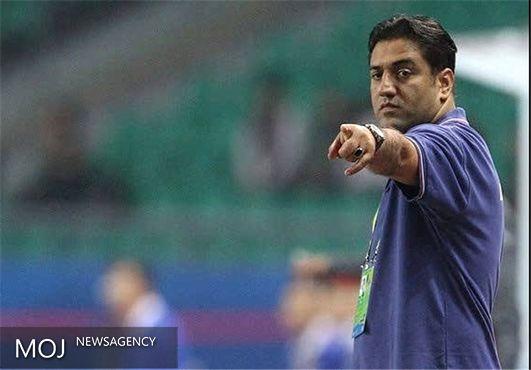 باشگاهها همکاری کنند تا با تیم کامل راهی سنگاپور شویم