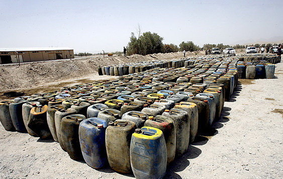 کشف ۹۰ هزار لیتر گازوئیل قاچاق در بندر عباس