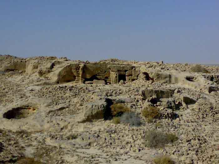 قلعه لشتان دژ تسخیر ناپذیر دیروز، خرابههای متروکه امروز