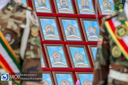 رژه یگان های نمونه ارتش در اصفهان
