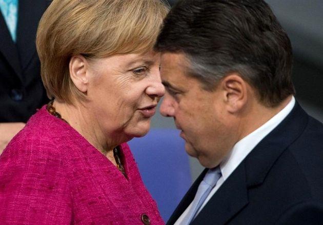 سقوط محبوبیت مرکل در آلمان