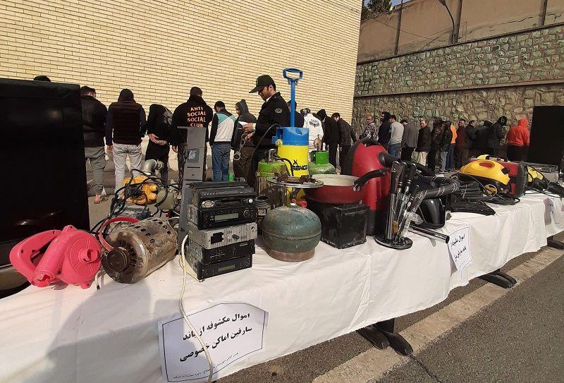 دستگیری 93 سارق و کشف 12 خودرو سرقتی در البرز